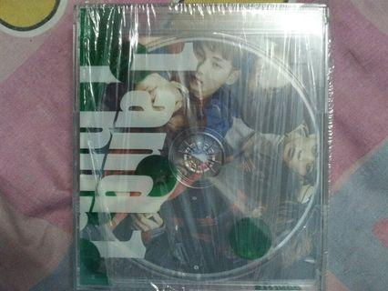 (WTS)  SHINEE ALBUM 1 AND 1