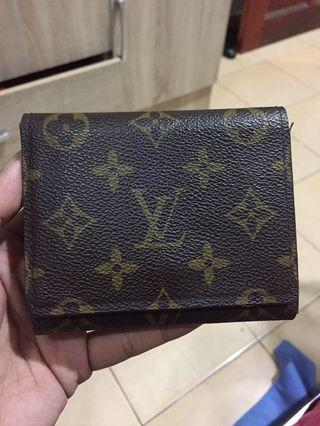Louis Vuitton Premium Purse