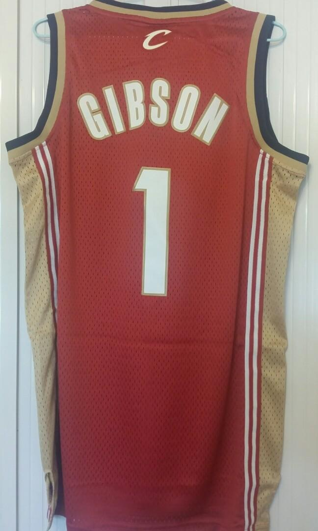 100% New with tag Adidas Swingman Cavs Gibson Size S