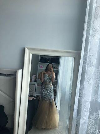 Beautiful gown,prom,engagement dress