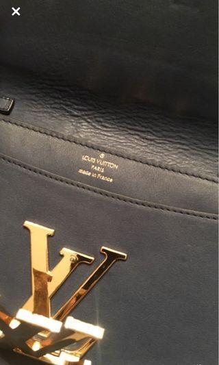 Lv side purse