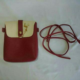 Sling Bag Mini Wanita Gantungan Rusa Warna Merah