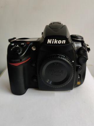 Mint - Nikon D700 Body