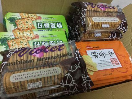 義美 天然取向蘇打餅乾(140g) 鮮蔥風味/台灣四秀 牛舌餅(130g)/ 雙盟 泰國 三明治餅乾系列165g可可風味