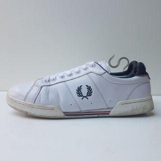 Fred Perry Leather  Ref. B7222-100