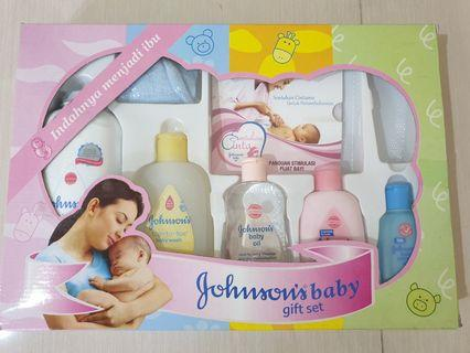 Johnson Baby Set