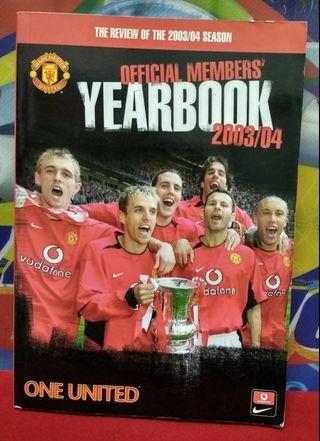 Manchester United official mambers yearbook 2003/04