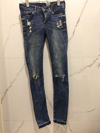 H&M 雙割破牛仔褲 薄款