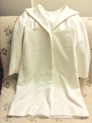 日本品牌砂糖白微奢大衣外套