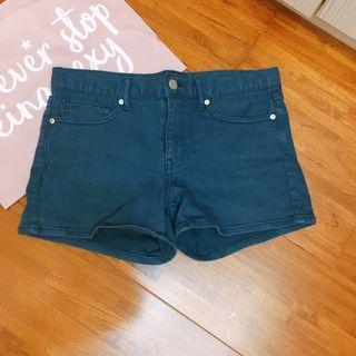 中低腰深藍色短褲