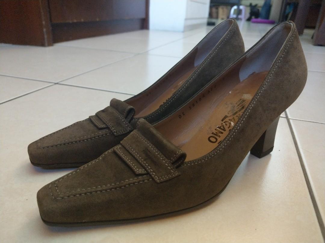 義大利製造 ferragamo 橄欖綠高跟鞋 36號us6