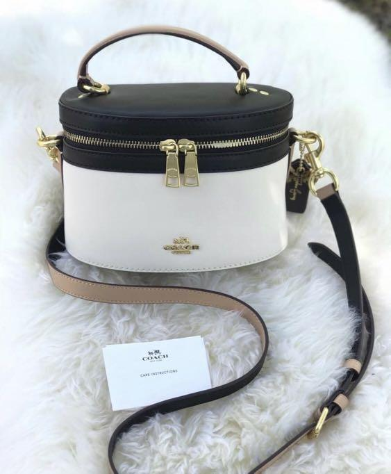 ( Preorder) Coach x Selena Trail Bag in Colorblock