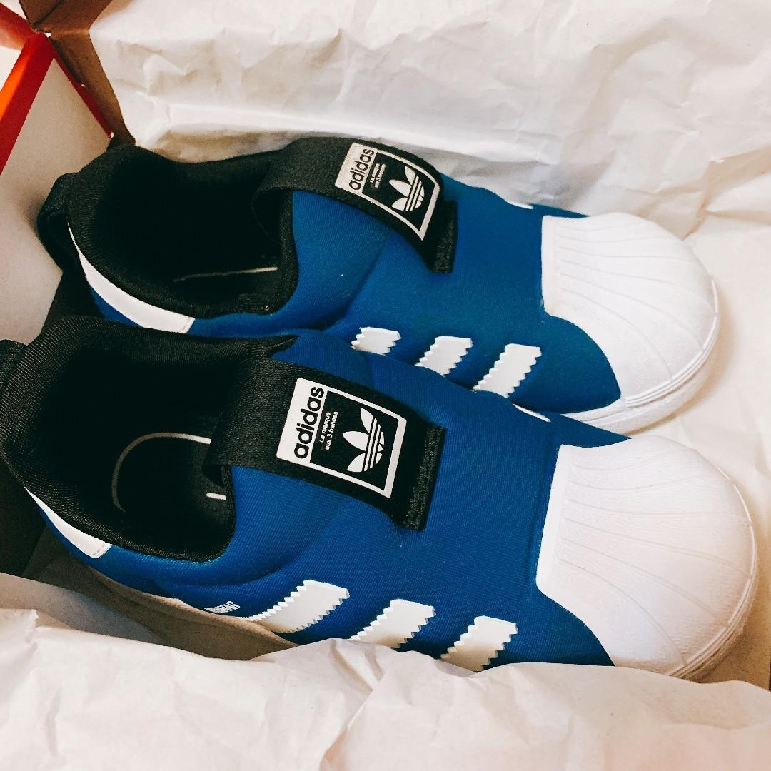 Adidas boy blue white shoes  Fitfoam Ortholite Boy Kids Shoes Sports & Casual Footwear for Kids  Adidas 男童波鞋  兒童 小童 藍色 白色 貝殼款