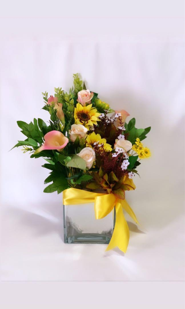 Artificial Flower Vase Arrangement (Regular)