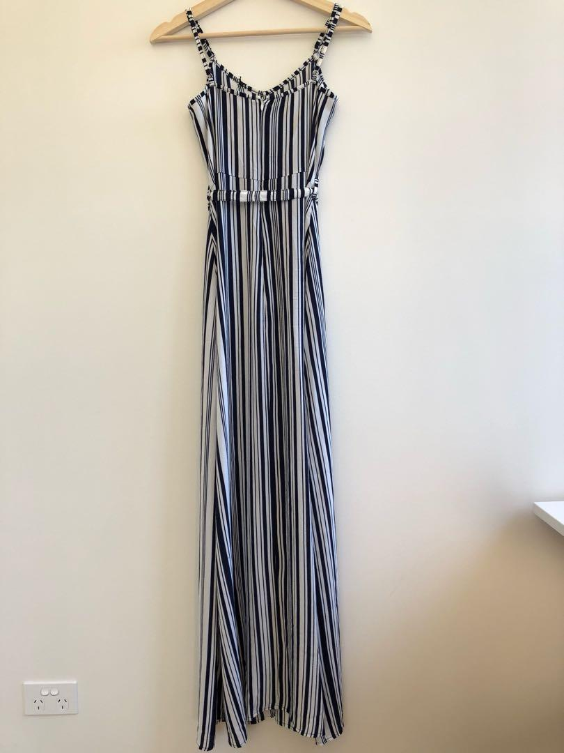 Atmos&here front split maxi dress