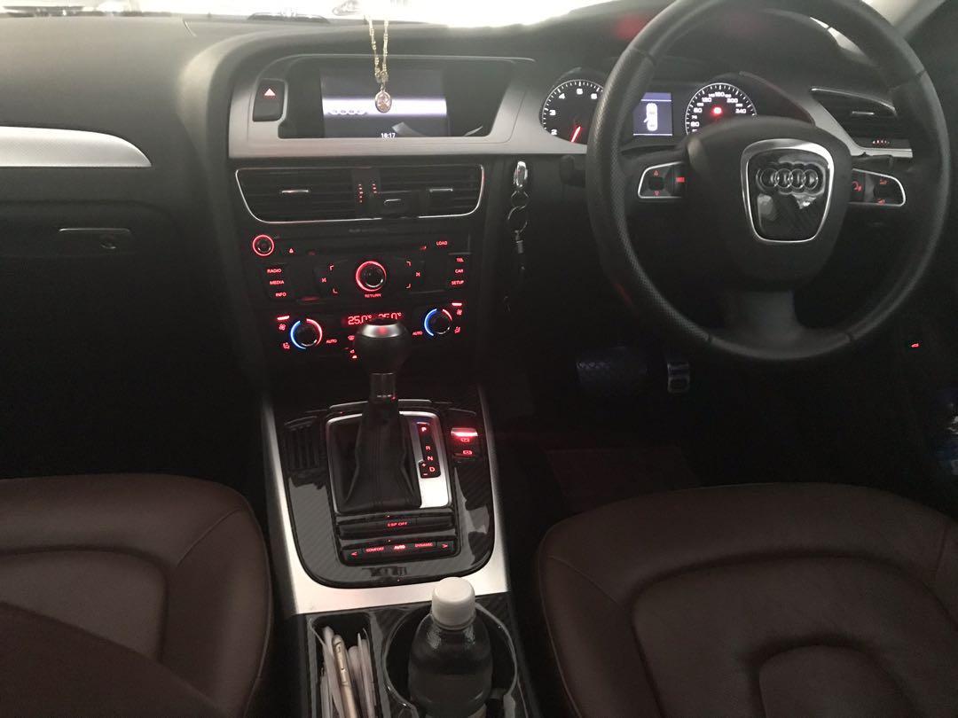 Audi A4 Sedan 1.8 TFSI Attraction (A)