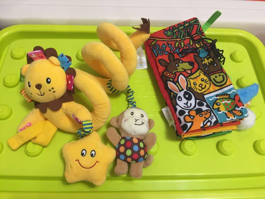 BB掛飾玩具&布書(共兩件)