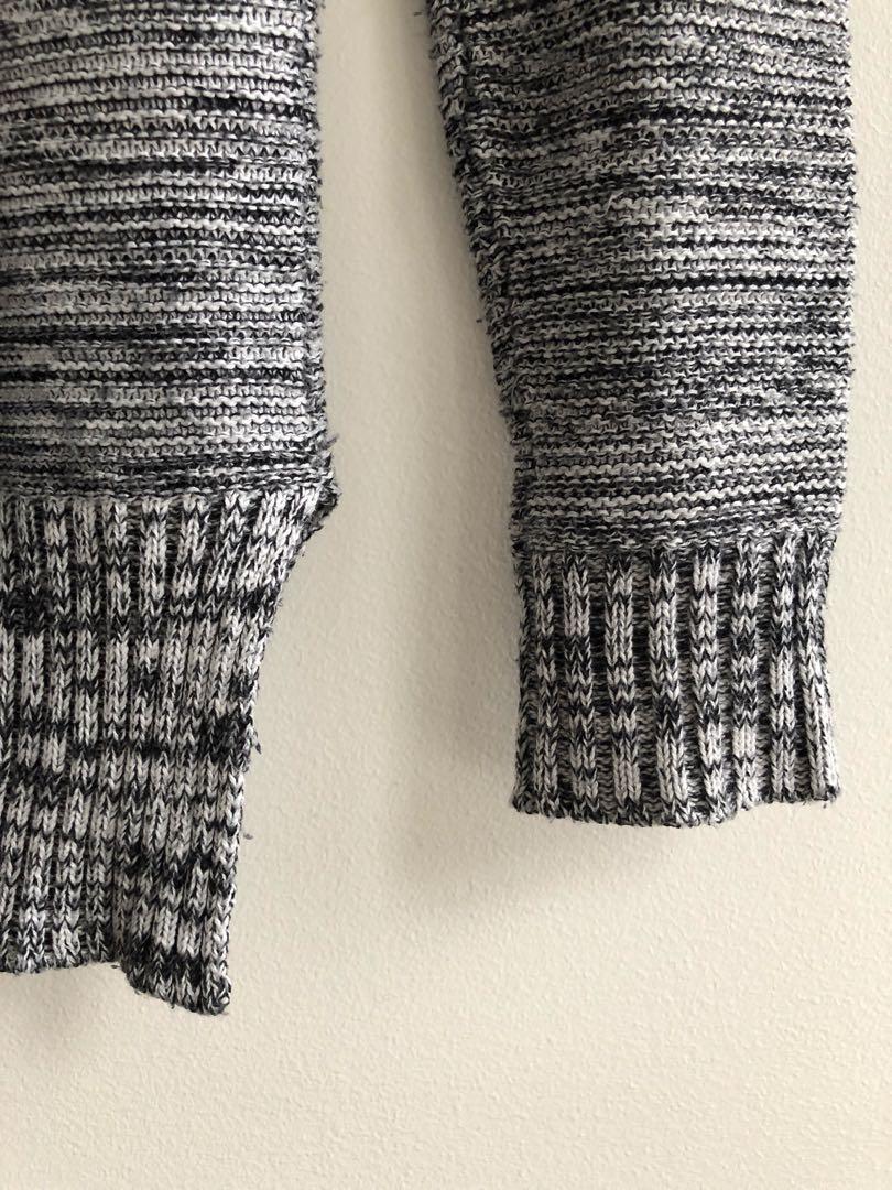 Cotton On grey knit jumper