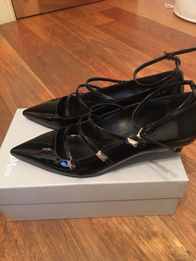 Designer Max Mara Black patent kitten heels size 39 bnib bnwt