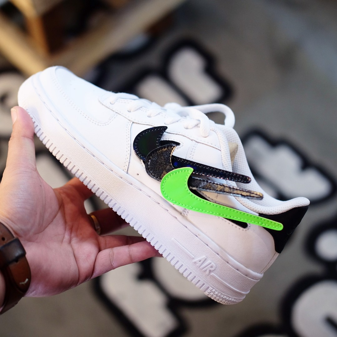 Nike Air Force 1 Replaceable Swoosh 100