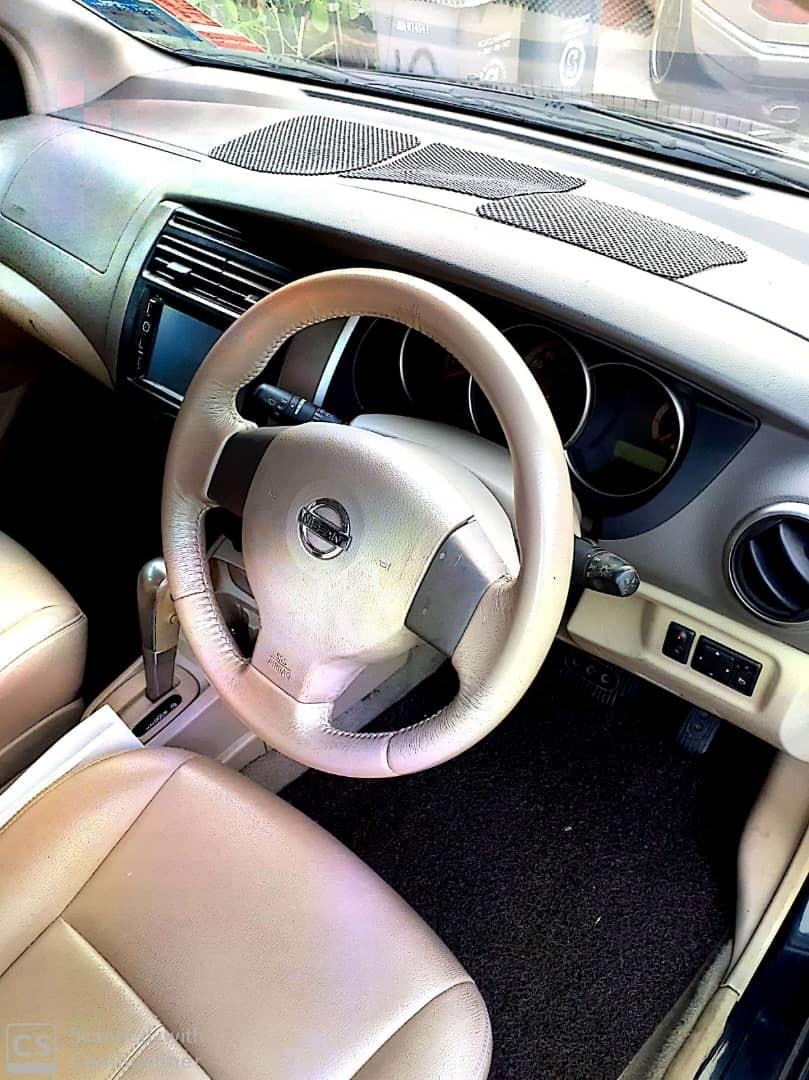 Nissan Grand Livina (a)2009 yrs for sale..pls call or whatsApp 012-7099908