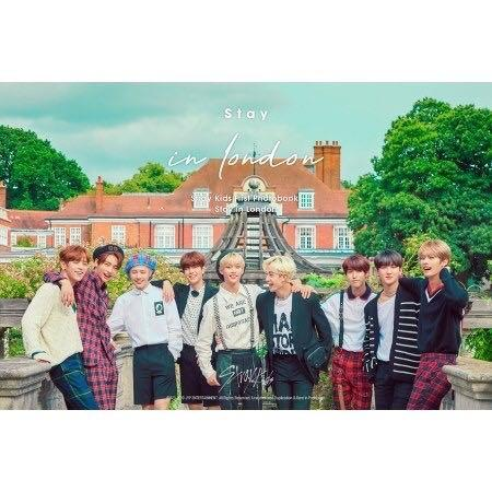 [Photobook] Stray Kids - Stray kids First Photobook [Stay in London]