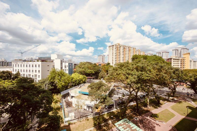 Toa payoh hdb 3rm flat with utility room for sale