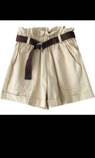 Khaki Shorts paperbag beige nude