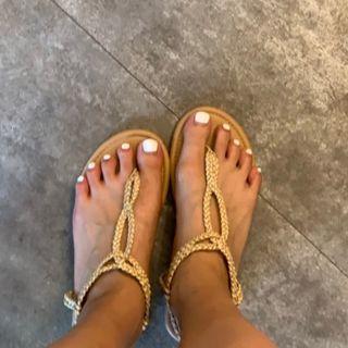 編織T字平底涼鞋
