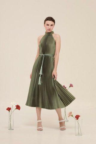 For Rent : Coctail dress in green