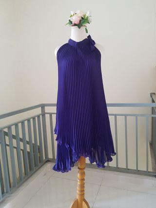 Mini dress ungu pleats sifon asimetris