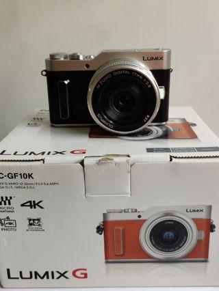Panasonic Lumix GF10 with Olympus 17mm F2.8