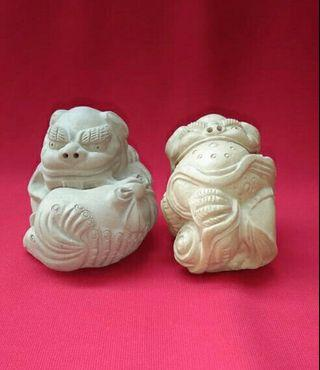 A PAIR OF KILN STATUES