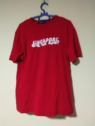 """(Size L) Red """"Singapore"""" T-Shirt"""