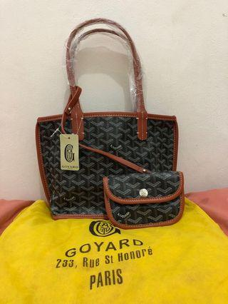 new with tag - goyard artois black/tan 30x22cm comes with pouch and dustbag.
