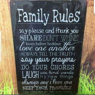 Metal plate tin signage- family rules blk
