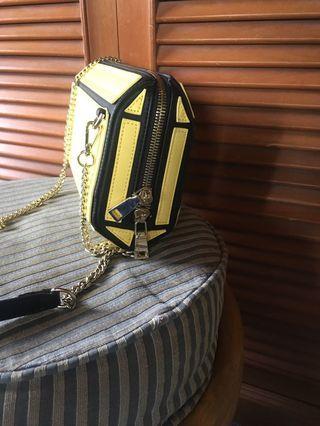 Hard shoulder / sling handbag