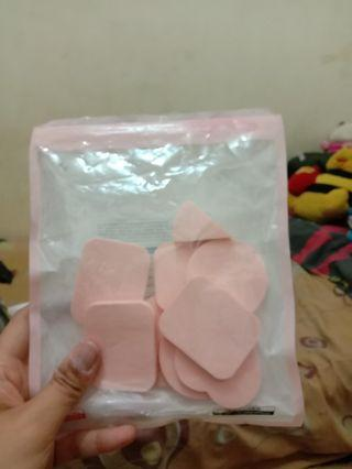 Beauty Blender sponge miniso