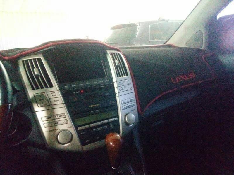 2005年 Lexus RX330 3.3