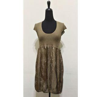 九成新~ 義大利製品牌 POIS 咖啡色 100% SILK( 絲) 公主型 短袖 洋裝