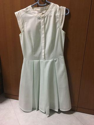Lzzie pale mint dress sleevesless