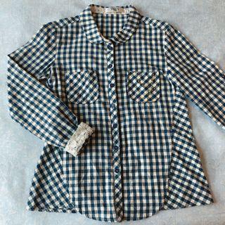 日系🇯🇵專櫃品牌 young 藍格子蕾絲長袖薄襯衫