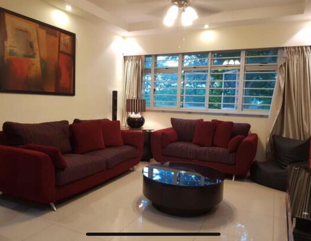 5 Room Premium - Very Spacious Living and Dining Space