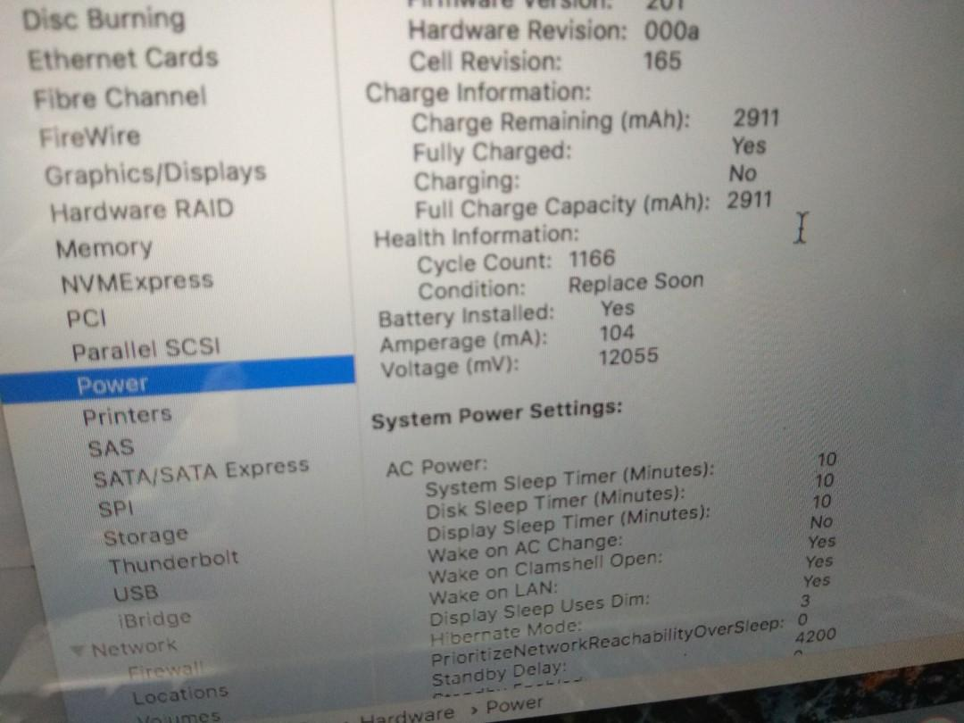 MacBook pro 2011 i5 2.4ghz 4gb 320gb working without charger