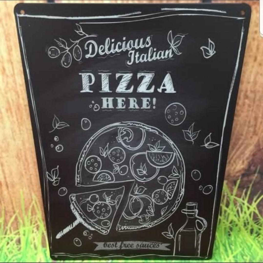 Metal plate tin signage- limited pizza blk