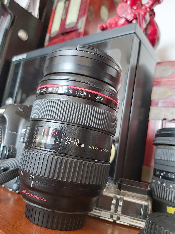 Selling Canon Lens n EX 580 flashlight