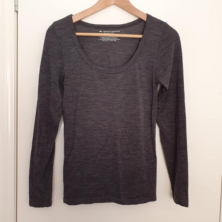 Size S fits 10 Vgc Crown Range Wool long sleeve thermal top spencer