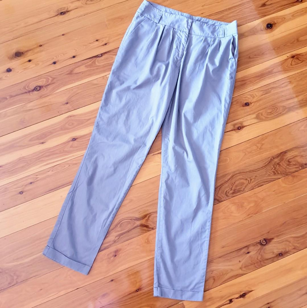 Women's size 10 'ROXY' Gorgeous grey capped cotton pants trousers- AS NEW