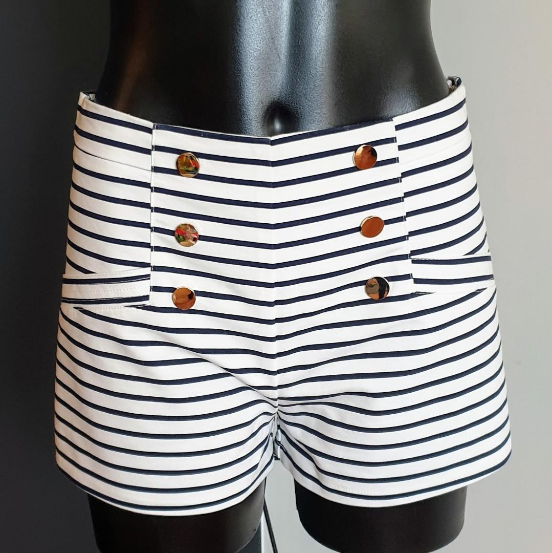 Women's size 10 'VALLEY GIRL' Stunning nautical style high waisted shorts-AS NEW