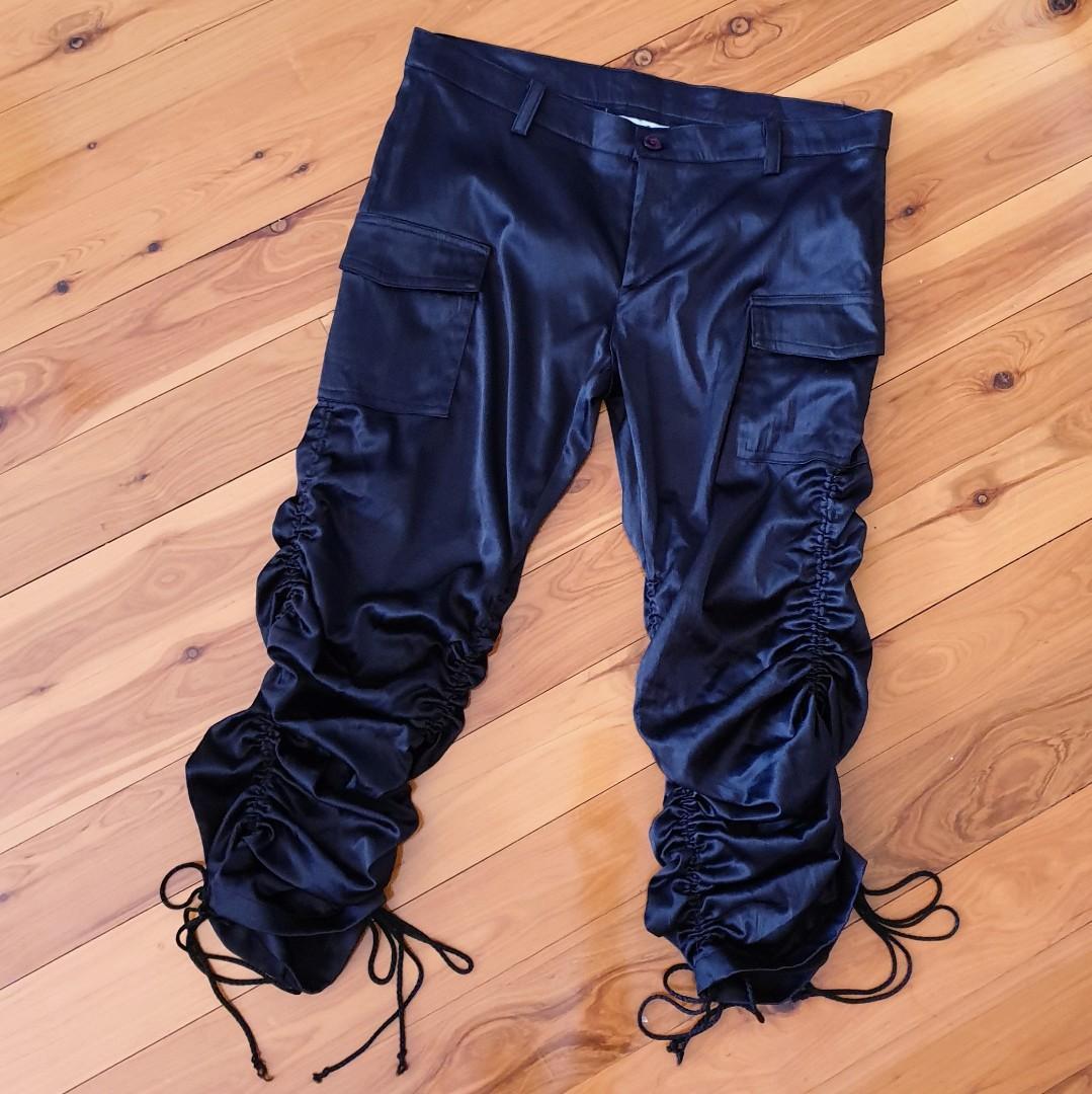 Women's size 10 'VANNESSA TONG' Stunning black satin gathered pants - AS NEW